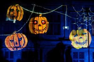 Cómo preparar una fiesta de Halloween terroríficamente divertida