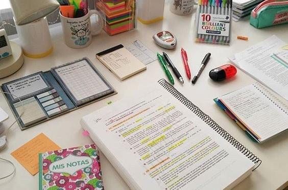 Diez básicos de papelería para universitarios