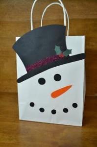 Ideas DIY con bolsas kraft para Navidad