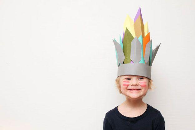 Cómo hacer disfraces con cartón pluma