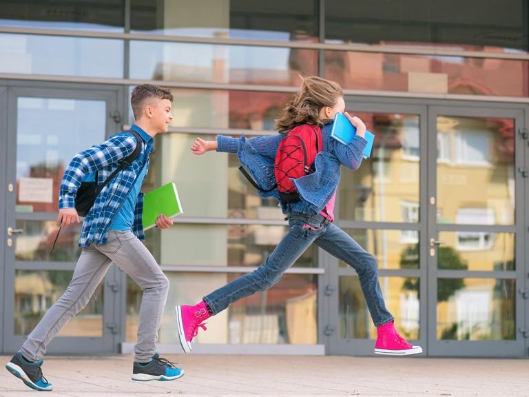 Mochilas escolares: ¿con o sin ruedas?
