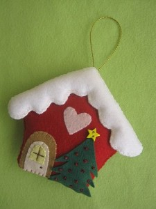 Manualidades de Navidad infantiles para adornar tu árbol